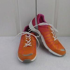 Vionic Women's Alliance Orthaheel Sneaker